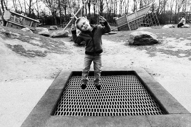 Oliver Bouncing